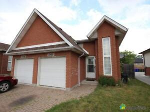 $259,900 - Semi-detached for sale in Windsor
