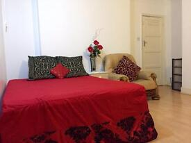 King size Double Room for Single