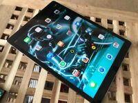 AppleiPad Pro 12.9 inch Large 256 gb model