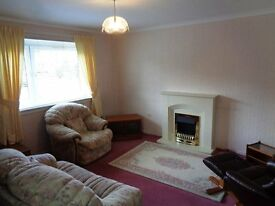 Lovely 2 bedroom Maisonette, located centrally in Falkirk. Bargain at only 385 pounds per month