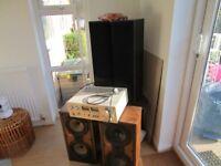 Pioneer Stereo Amplifier + 4 Speakers