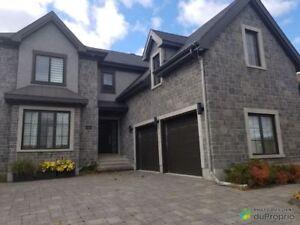 768 000$ - Maison 2 étages à vendre à Ste-Rose