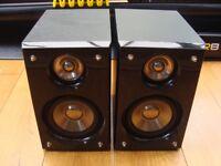 HITACHI black Speakers
