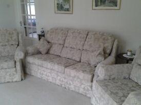 3 piece suite £50