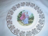 ROYAL ALBERT BONE CHINA DECORATIVE PLATE IMMACULATE CONDITION