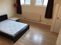 >>Bright Spacious City E1, 3Dbl Bed, Whitechapel/Aldgate East Newly Renovated, Garden Flat<<