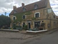 Fulltime Bar/Restaurant Staff required Hare & Hounds, Fulbeck, Grantham, Lincolnshire