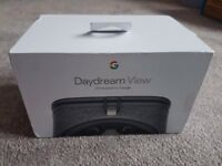 Google VR Headset & Controller **BRAND NEW**
