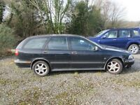 BREAKING Volvo V40 1.8 manual estate 1998 S-reg - most parts available
