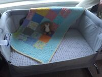 Chicco next 2 me crib, immaculate as new with box