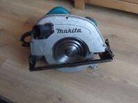 Makita 570 110 Volt Circular Saw 1200W 5704R