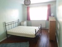 Large spacious double room to rent in leafy Hall Green cul de sac