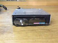 PIONEER DEH-1500UB Car Stereo Radio CD Player FM AUX USB