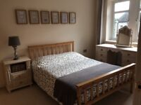 SHORT/LONG-TERM Double room with large private bathroom