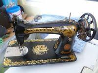 Antique Singer 15K sewing machine - 1929
