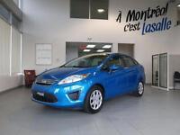 2012 Ford Fiesta SE Like New!!