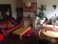 Double bedroom in quiet house in St-wergburghs.