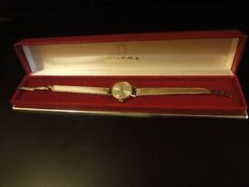 Omega Ladies bracelet watch in 9ct gold approx 17.8gms with Omega presentation box