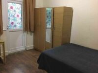 Double sized room perfect for SINGLE in a quiet place -all bills included!!