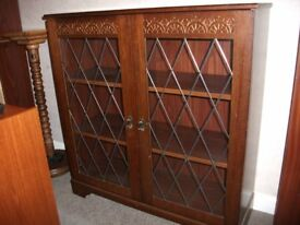 old oak charm bookcase dispaly case in lovely condition