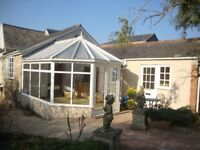 Luxury two bedroom bungalow to let in large walled garden, central Honiton