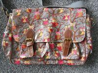 Ladies/Girls PVC Owl Satchel/Shoulder bag.