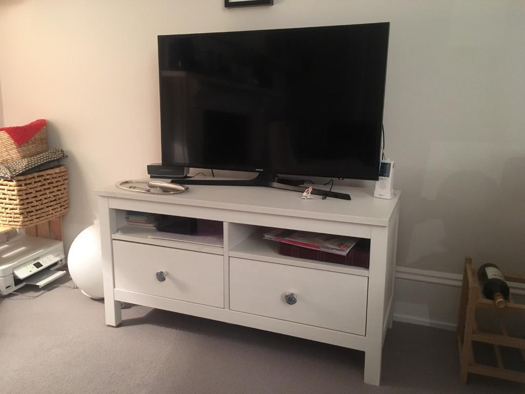 ikea hemnes white tv stand 2 drawers negotiable price in notting hill london gumtree. Black Bedroom Furniture Sets. Home Design Ideas