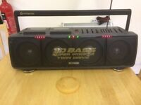 3d Bass Hitachi vintage radio twin cassette.