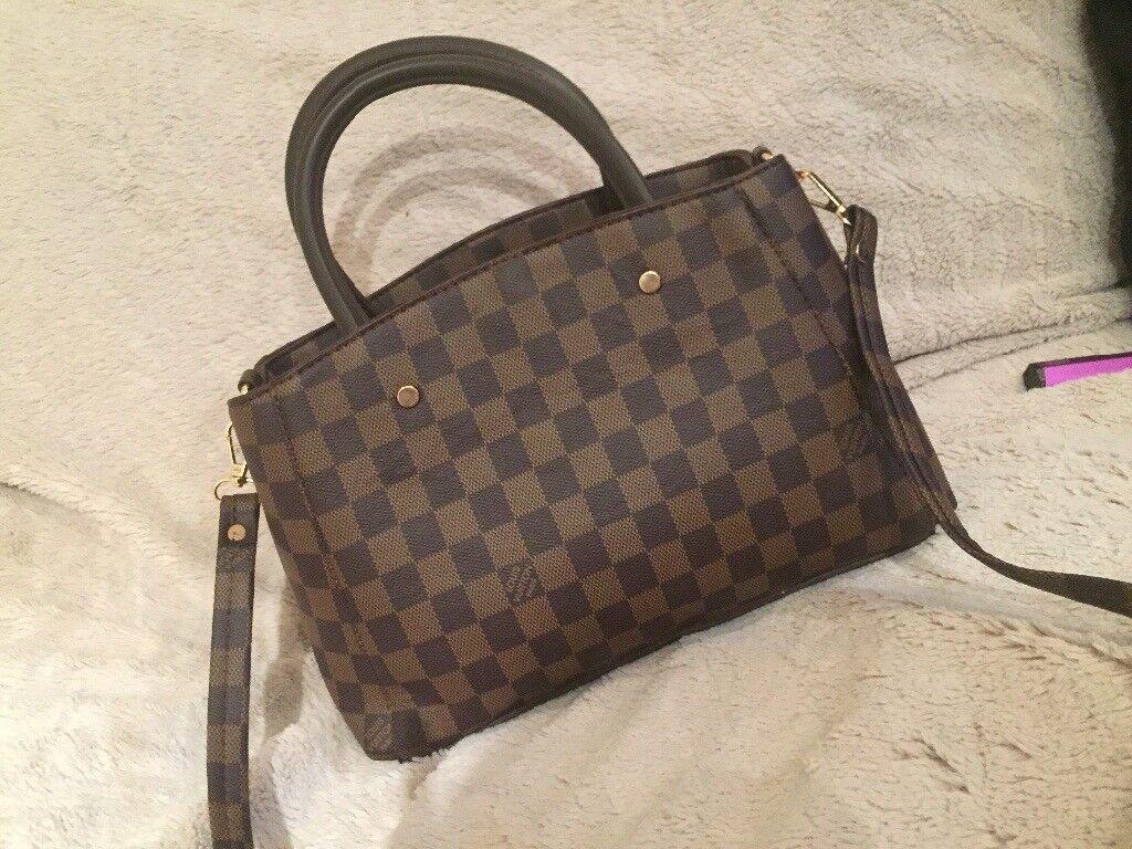 fa44205e6ea3 Ladies LV bag for sale. Enfield ...