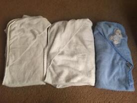 Baby hooded bath towels x3