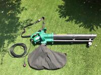 B&Q 2600W Corded 240V Garden Blow Vacgreen