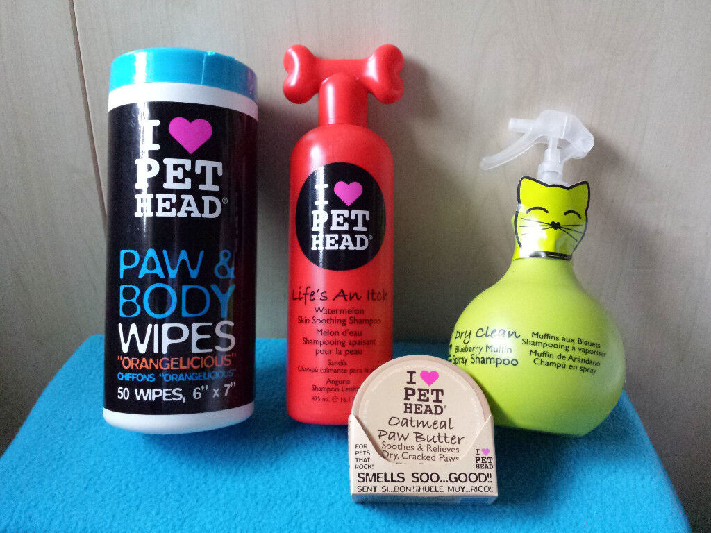 PET HEAD Set : Dry Clean Spray, Life's An Itch Shampoo, Paw & Body Wipes, Oatmeal Paw Butter £38