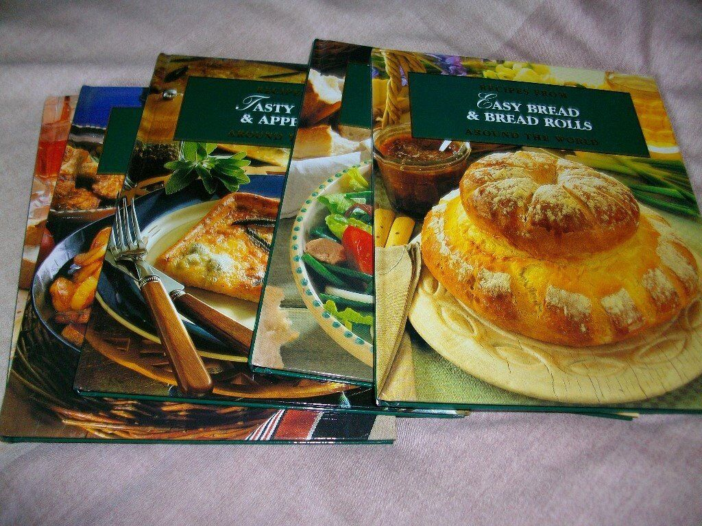 Set of 60 glossy recipe books. An ideal Christmas present.