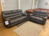 La-Zy-Boy staten brand new sofas
