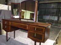 Dressing table ( retro)