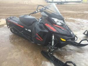 2016 Ski-Doo Renegade Backcountry 800R E-Tec E-Start