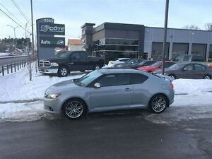 2011 Scion tC - 99917km/ MANUELLE/ TOIT PANORAMIQUE *** FINANCEM
