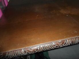 Victorian Mahogany Extending wind out table Decorative needs some TLC / restoration