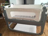 Snuz Pod 2 - 3 in 1 bedside crib in Grey