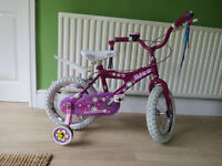"""LITTLE GIRLS BIKE..""""RALEIGH MINI MISS""""..14"""" WHEELS.IN GREAT CONDITION,ALL READY TO RIDE AWAY TODAY."""