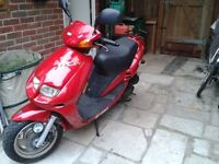 JET50-EURO X scooter 49cc. 2006 red. with top box.