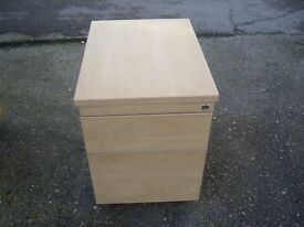 WOODEN 2 DRAW PEDESTAL FILING CABINET GOOD CONDITION
