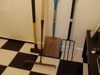 shovel,tarmac rake sledge hammer garden fork as 1 lot
