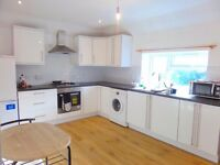 Three Bedroom First Floor Flat, West Drayton UB7! Elegant Touch Throughout!
