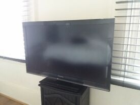 Panasonic.32 inch tv.with remote.and aeriel.mint condition.