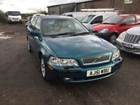 AUTOMATIC VOLVOS V40 S NO MOT DRIVEAWAY CLEAN CONDITION LOVELY DRIVER ALL THE GADGETS ALLOYS CD AIR