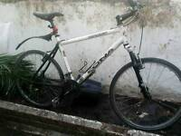kona Front suspension hybrid Bike great condition lights ready to go