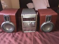 Philips Stereo with Speakers - all working