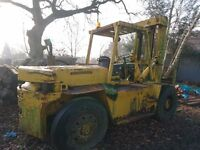 10 ton Coventry climax fork lift, perkins engine.