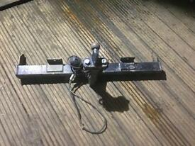 Land Rover Freelander tow bar with electronics